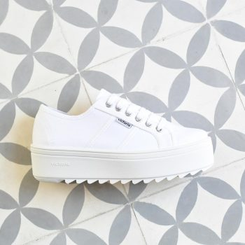 Plataforma Dentada Victoria 09302 Lona Blanca 09302_amorshoes-victoria-blucher-plataforma-dentada-lona-blanca-09302