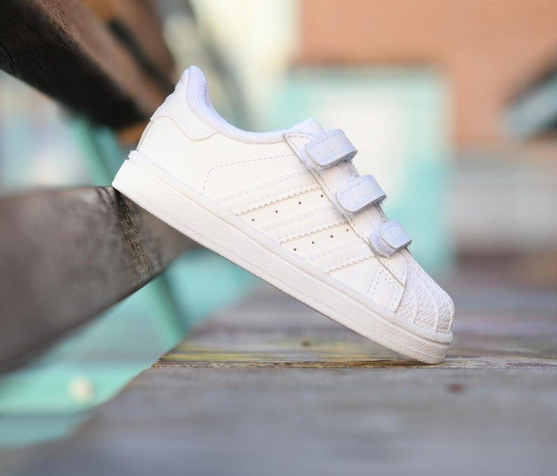 online store cfeb2 0a790 b25725 amorshoes-Adidas-Originals-SUPERSTAR-Fundation-bebe-Niño-b25725