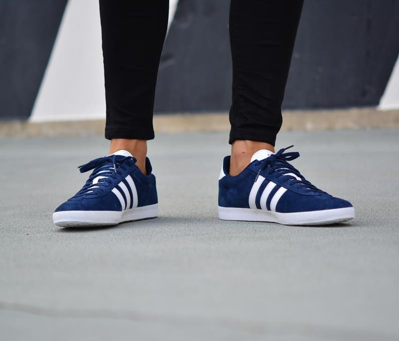 adidas gazelle hombre outfit