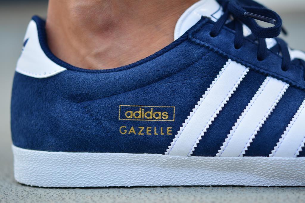 adidas originals gazelle azul