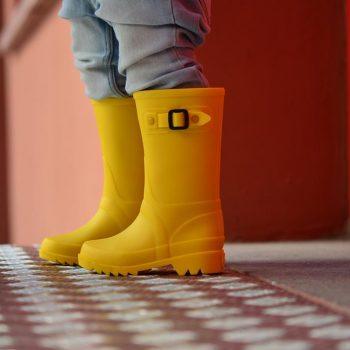 amorshoes-bota-agua-igor-peter-amarillo-w10115-008