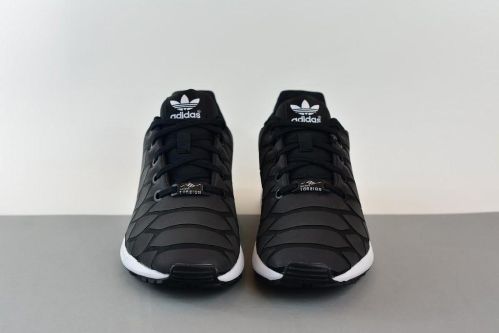amorshoes-adidas-originals-zx-flux-xenopeltis-serpiente-tornasolada-reflectante-S78649