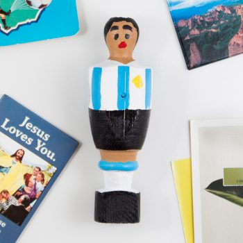 amorshoes-muñeco-futbolin-alegria-industries-maradona