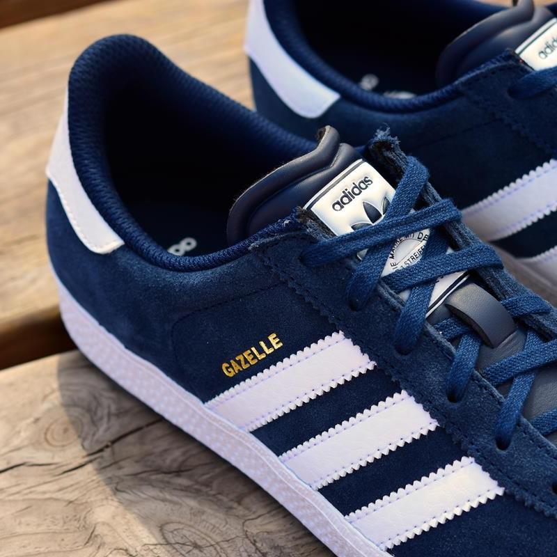 2ad57a1024a4a Zapatillas Adidas Originals Gazelle J Marino Adidas Originals