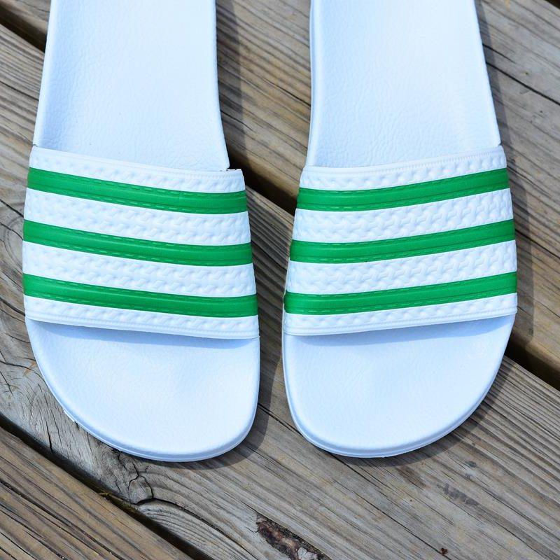 3b3ea12d4b9 S78678 amorshoes-adidas-originals-chancla-adilette-blanca-rayas-verde-