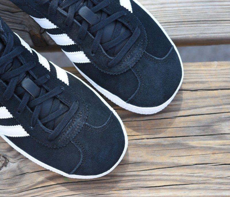 adidas gazelle j negras