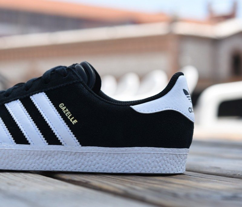 9b0fe3888 S32247 amorshoes-adidas-originals-gazelle-2-j-core-black-