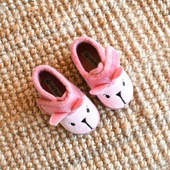 05119_amorshoes-victoria-botita-animales-zapatilla-andar-por-casa-rosa-conejo-05119