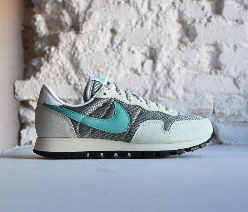 57fe7e9258 Nike Air Pegasus´83 W Light Silver   Washed Teal