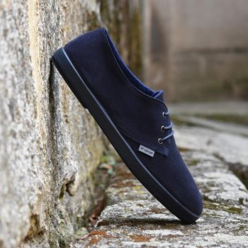 dluaw16-03_amorshoes-barqet-dogma-low-blue-suede-navy-azul-dluaw16-03