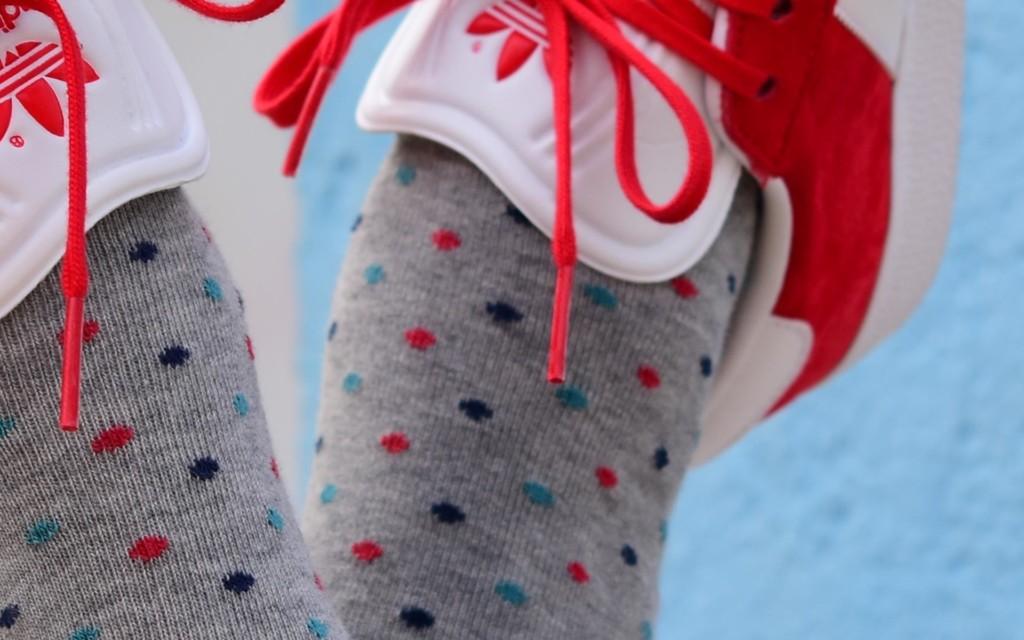 amorshoes-amorsocks-calcetines-socks-lunares-topos-gris-jaspeadomonaco-blue-marco-azul-marino-verde-libelula-red-rojo