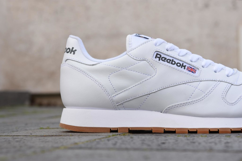 49799_amorshoes-Reebok-Classic-cl-lthr-men-Classic-Leather-chico-blanca-white-gum-49799