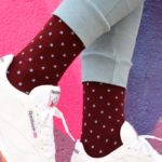 amorshoes-amorsocks-calcetines-socks-cubos-cuadrados-burdeos-borgoña-granate-celeste-naranja