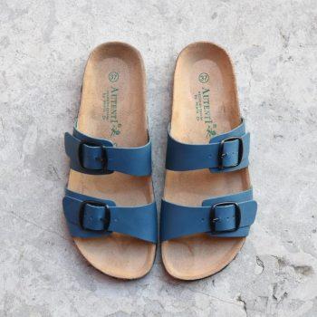 7112_AmorShoes-Auntenti-by-Penta-sandalia-bio-chancla-de-piel-doble-tira-color-azul-con-hebilla-7112