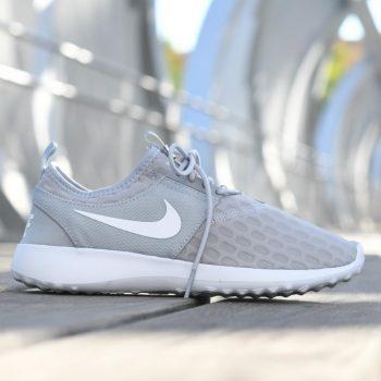 724979-011_amorshoes-nike-sportwear-Juvenate-wolf-grey-white-malla-nylon-gris-claro-blanco-724979-011