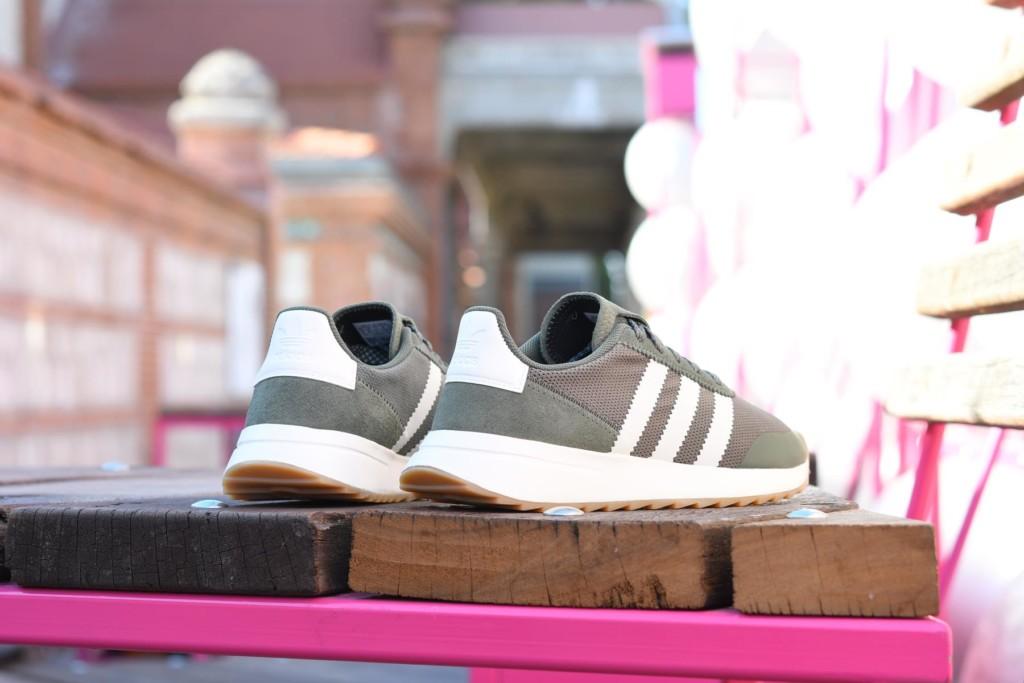 Adidas Originals FLB W Verde Caqui / Blanco - AmorShoes