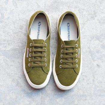 S003SR0-N39_AmorShoes-Superga-2750-sueu-Green-Tea-Off-White-zapatilla-chica-piel-vuelta-ante-verde-oscuro-musgo-S003SR0-N39