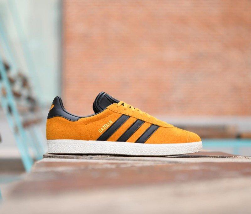 8922a865 BZ0035_AmorShoes-Adidas-Originals-Gazelle-Orange-tactile-yellow-core-