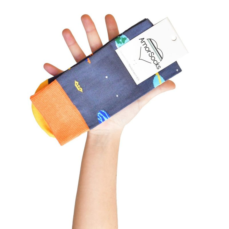 amorsocks-calcetines-socks-galaxy-azul-naranja-amarillo-planetas-sistema-solar-galaxia