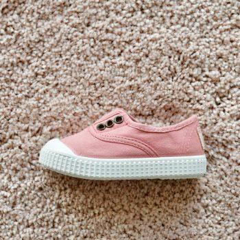 06627_AmorShoes-Victoria-inglesa-color-nude-rosa-niños-lona-sin-cordones-elastico-puntera-goma-06627