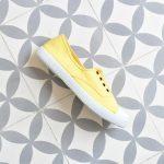 6623_amorshoes-victoria-inglesa-elastica-puntera-goma-lona-lavada-amarillo-maiz-yellow-6623