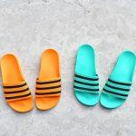 CQ3100_amorshoes-adidas-originals-chancla-adilette-Hi-Res-Green-Core-Black-Hi-Res-Green-verde-rayas-negras-CQ3100