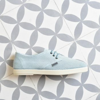 DLPSS-03-36-AmorShoes-Barqet-dogma-low-perforated-sky-suede-perforada-piel-vuelta-azul-celeste-DLPSS-03-36