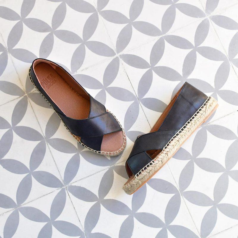Dos Shoes Cruzadas Spes Tiras Sandalia Negra Pölka SjGMVLqpUz