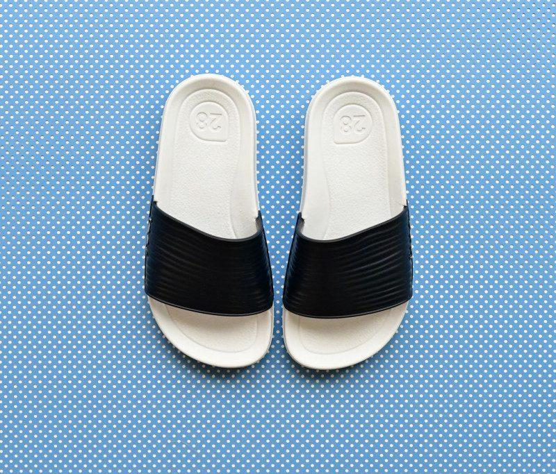 S10205-003_AmorShoes-Igor-shoes-beach-chancla-goma-para-agua-color-azul-marino-navy-S10205-003