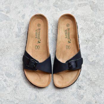 0740_AmorShoes-Auntenti-by-Penta-sandalia-bio-chancla-de-piel-premium-una-tira-color-negro-con-hebilla-0740