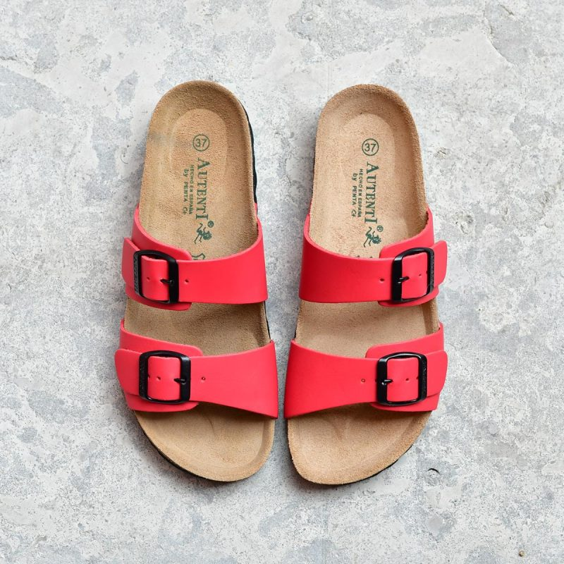 7112_AmorShoes-Auntenti-by-Penta-sandalia-bio-chancla-de-piel-premium-doble-tira-color-rojo-con-hebilla-7112
