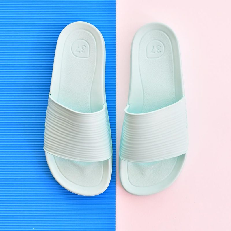 S10212-011_AmorShoes-Igor-Shoes-BEACH-6.1.-chancla-sandalia-goma-mujer-color-verde-agua-aguamarina-S10212-011