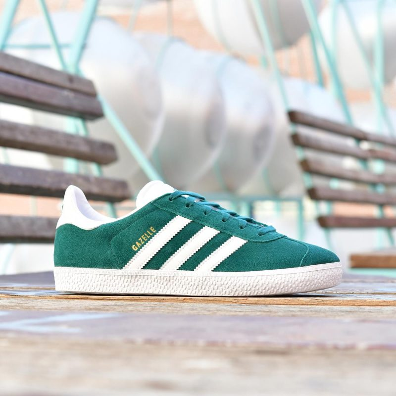 AQ1122_amorshoes-adidas-originals-gazelle-J-Color-verde-botella-bosque-blanco-noble-green-Footwear-White-AQ1122