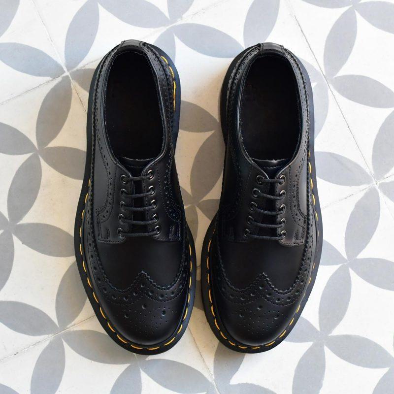 3989Smooth_AmorShoes-Dr.Martens-Brogue-Shoe-22210001-black-smooth-shoes-zapatos-calados-puntera-vega-22210001-negro-3989Smooth