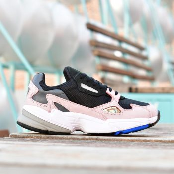 B28126_AmorShoes-Adidas-Originals-falcon-Core-Black-Core-Black-Light-Pink-zapatilla-negra-rosa-suela-blanca-sobredimensionada-balenciaga- B28126