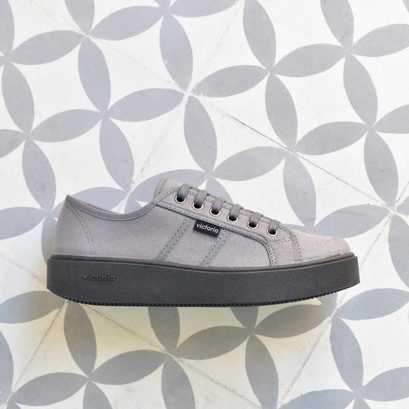 260116_AmorShoes-Victoria-blucher-plataforma-deportiva-antelina-gris-grey-260116