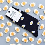 AmorShoes_amorsocks-calcetines-socks-huevos-fritos-negro-egg-black