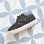 W10201-134_AmorShoes-Igor-shoes-botita-niños-piel-vuelta-borreguito-fieltro-gris-oscuro-antracita-w10201-134