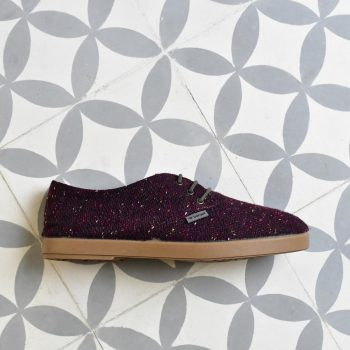 DLAW18-02_AmorShoes-Barqet-Dogma-Low-Burgundy-Cloth-zapato-zapatilla-textil-paño-burdeos-motitas-colores-suela-caucho-forro-paño-textil-DLAW18-02