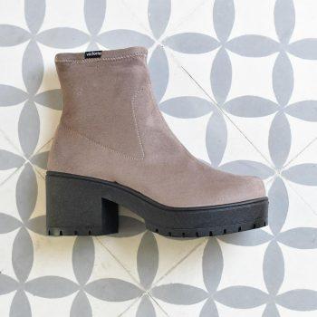 95123_AmorShoes-Victoria-Bota-Botin-tipo-calcetin-antelina-elastica-taupe-95123