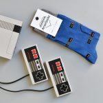 AmorSocks-calcetines-socks-mandos-nintendo-nes-azul-blue-gris-grey
