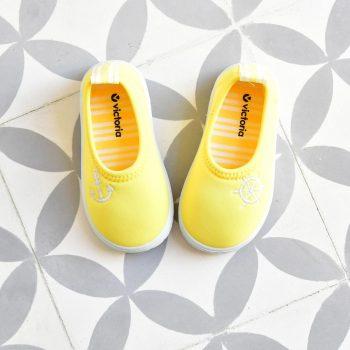 051103_amorshoes-victoria-zapatilla-para-agua-calcetin-neopreno-color-amarillo-051103