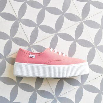 AmorShoes_116110-zapatilla-victoria-doble-suela-1915-platadorma-victoria-lona-rosa-nude-piso-blanco-116110
