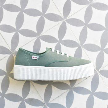 Inglesa Doble Victoria 116100 Verde Jade AmorShoes_116110-zapatilla-victoria-doble-suela-1915-plataforma-victoria-lona-verde-jade-piso-blanco-116110