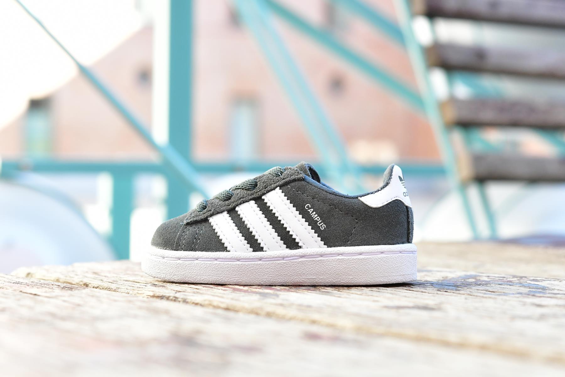 CG6659_AmorShoes-Adidas-Originals-Campus-el-i-niño-niña-Gris-Verdoso-grey-Footwear-white-piel-vuelta-gris-oscuro-verdoso-rayas-blanco-CG6659