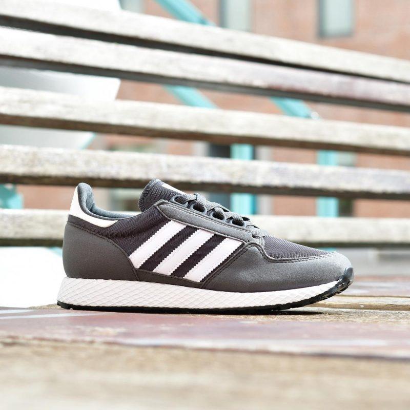CG6798_AmorShoes-adidas-Originals-Forest-Grove-oregon-Grey-Six-Footwear-White-Grey-Six-Zapatilla-Retro-Running-piel-vuelta-nylon-gris-oscuro-Rayas-blancas-CG6798