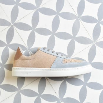NSS19-03-36_AmorShoes-barqet-norma-SAND-METHANOL-zapatilla-piel-vuelta-perforada-arena-gris-azulado-unisex-NSS19-03-36