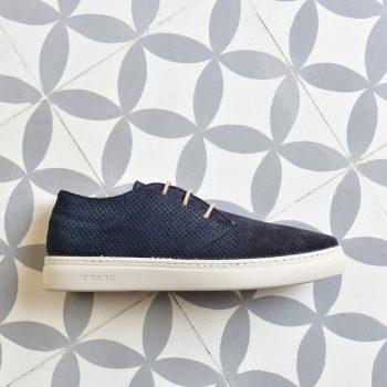 PPSS-01-36_AmorShoes-barqet-paradigma- PERFORATED-navy-zapatilla-piel-vuelta-perforada-azul-marino-cordon-marron-unisex- PPSS-01-36