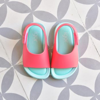 S10236-011_AmorShoes-Igor-shoes-baby-bicolor-cangrejera-sandalia-goma-para-agua-color-verde-agua-coral-mint-coral-s10236-011