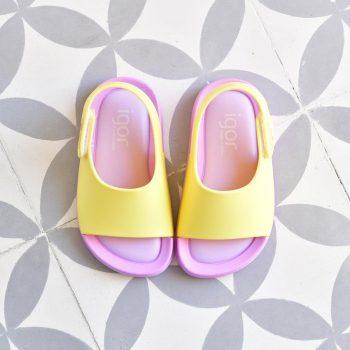 S10236-018_AmorShoes-Igor-shoes-baby-bicolor-cangrejera-sandalia-goma-para-agua-color-amarillo-malva-lila-yellow-s10236-018